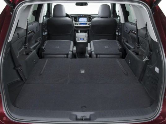 защита от шума багажника