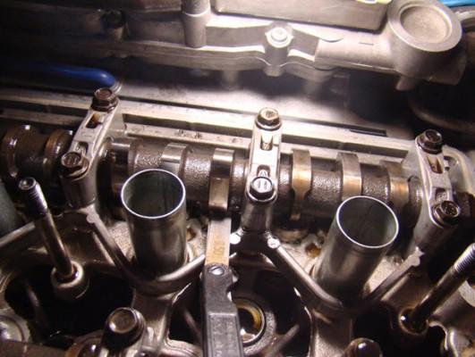 Распределительный вал двигателя Тойота Королла