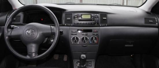 Интерьер Toyota Corolla 2009