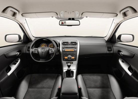 Комфортный салон Toyota Corolla