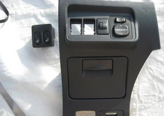 Панель для установки выключателя подогрева сидений