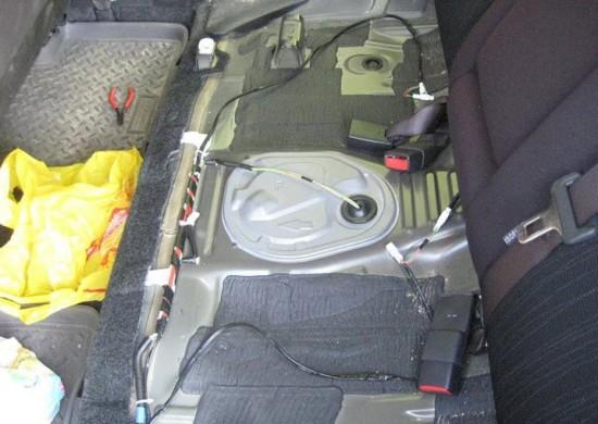 Подключение проводов к обогревателям задних сидений