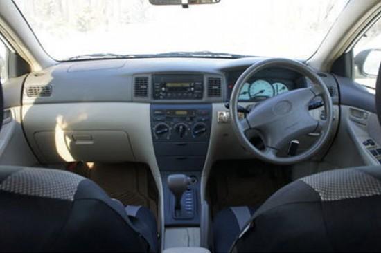 Салон Toyota Fielder 2002