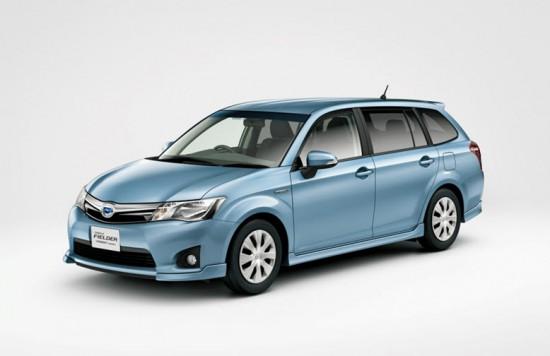 Гибридная модификация Toyota Corolla Fielder 2014