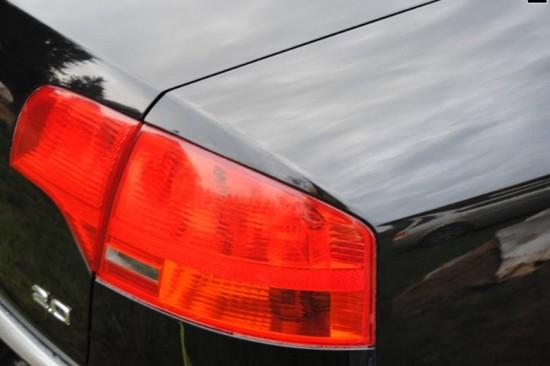 Отполированный кузов автомобиля