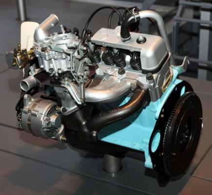Двигатель T1