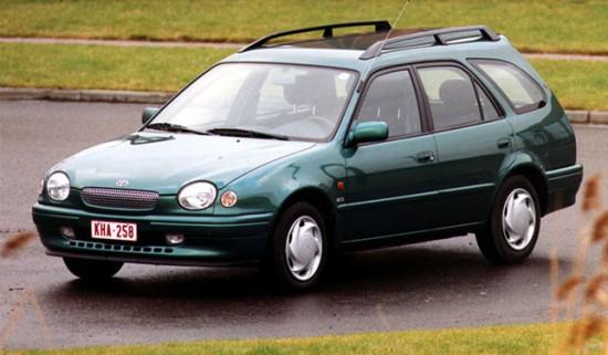 Первая версия универсала Toyota Corolla Wagon