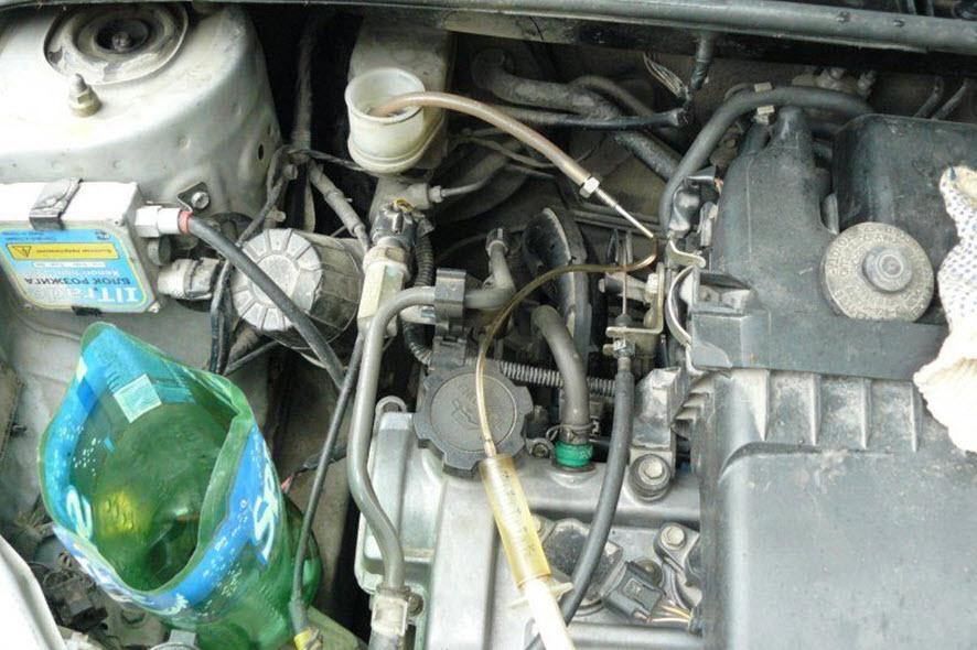 тормозная жидкость toyota rav4 1998 сколько