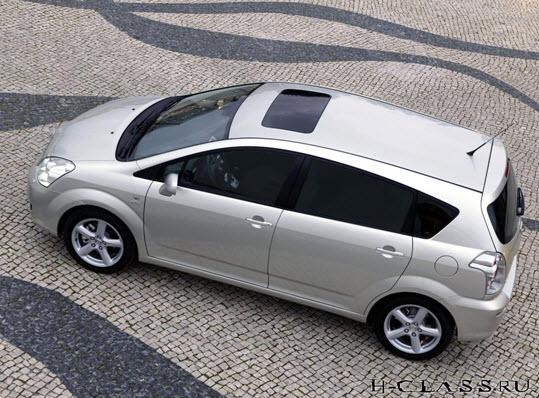 Третье поколение Corolla Verso